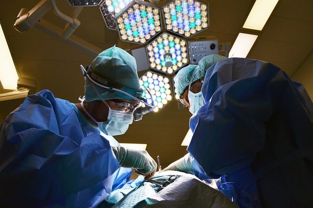 operace chirurgů